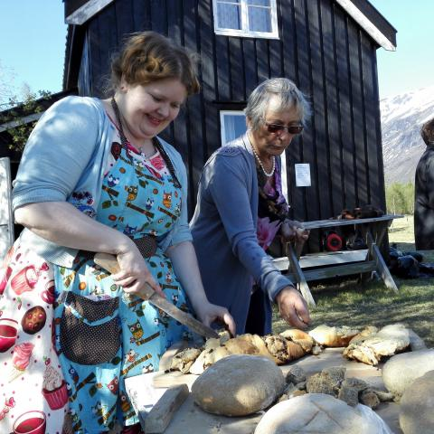 Two women keep the Kven baking traditions alive.