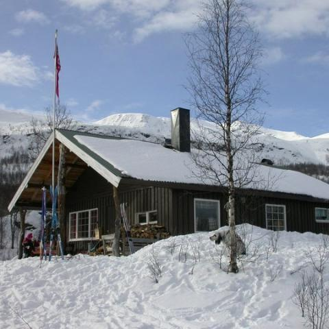 Cabin in the Lyngen Alps - wintertime